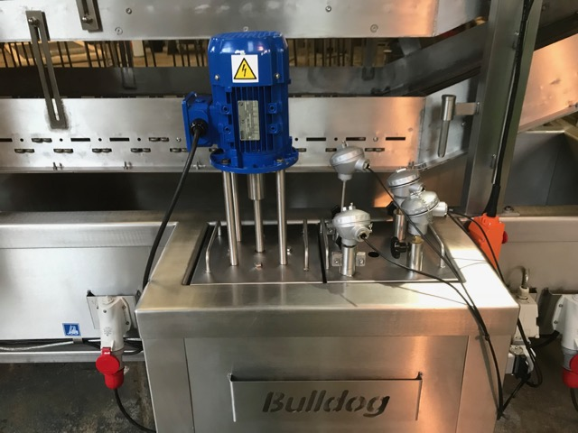 Bulldog fryer with teflon